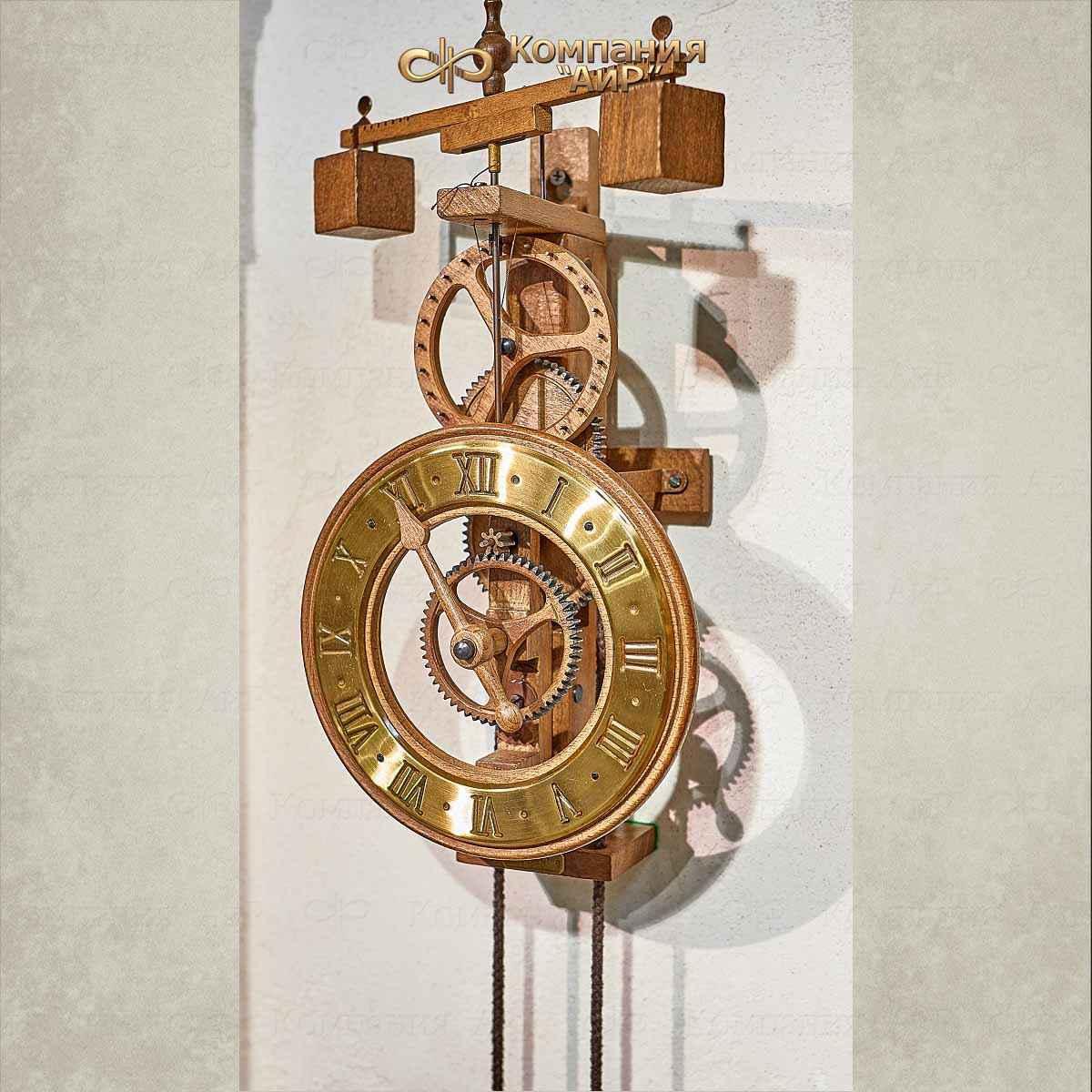 механические часы средневековья картинки него